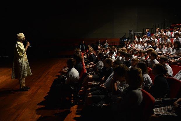 اكثر من الف تلميذ بطنجة يشاركون في ورشات الفضاء المدرسي التي ينظمها مهرجان السينما الافريقية في طبعته الرابعة عشر